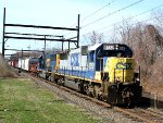 CSX 8552 on Q300